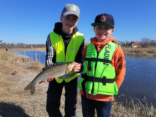 Sommarlovsfiske för barn och ungdom
